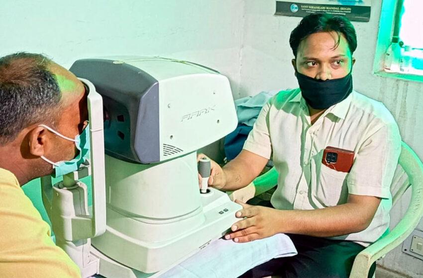Eye medical camp organized by Sant Nirankari Mission in Agra#agranews
