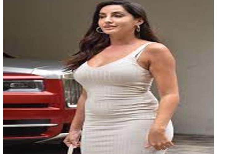 See photo:Nora looking sizzling in her bold look