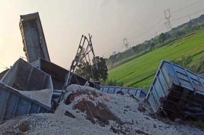 More than 40 bogies of goods train derailed, one child died